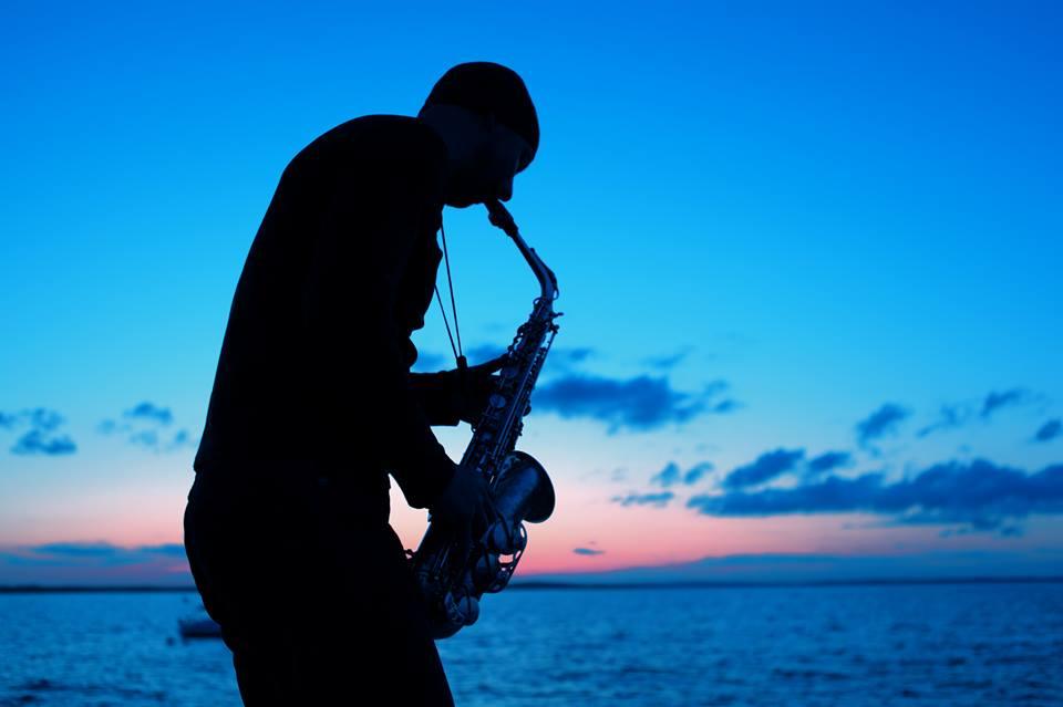 Saxophone player Dublin | www.djandsax.ie